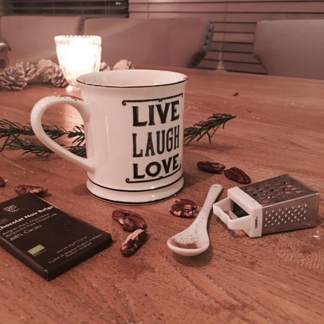 hot-chocolate-elainesrovesntroves